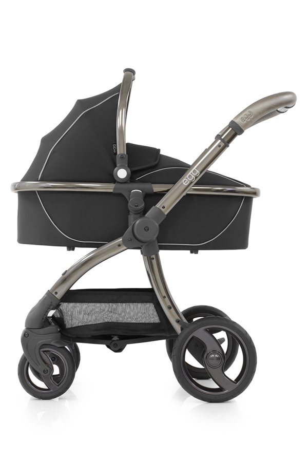 egg_Carrycot_onChassis_ShadowBlack